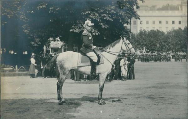 Général de Division de LACROIX