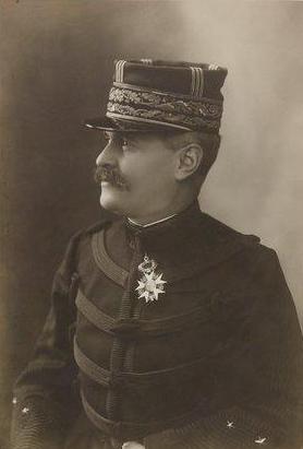 Général de Division FAMIN