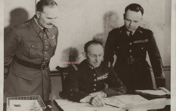 Général de Division LELONG