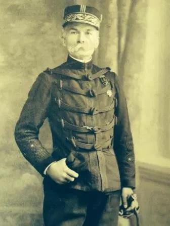 Général de Brigade CHERFILS