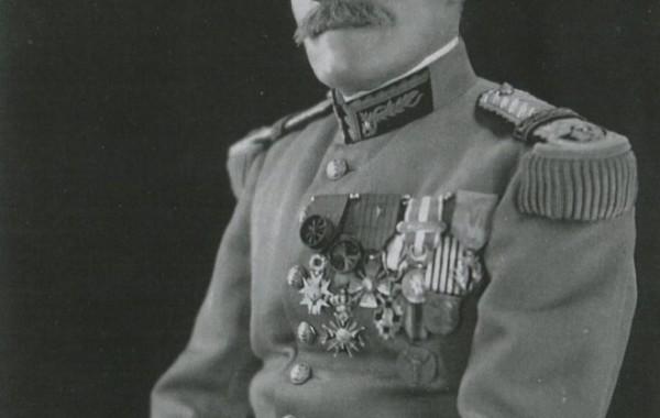 Médecin Général Inspecteur SACQUEPEE