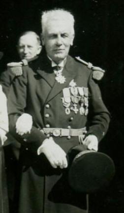 Contre Amiral LATOURRETTE